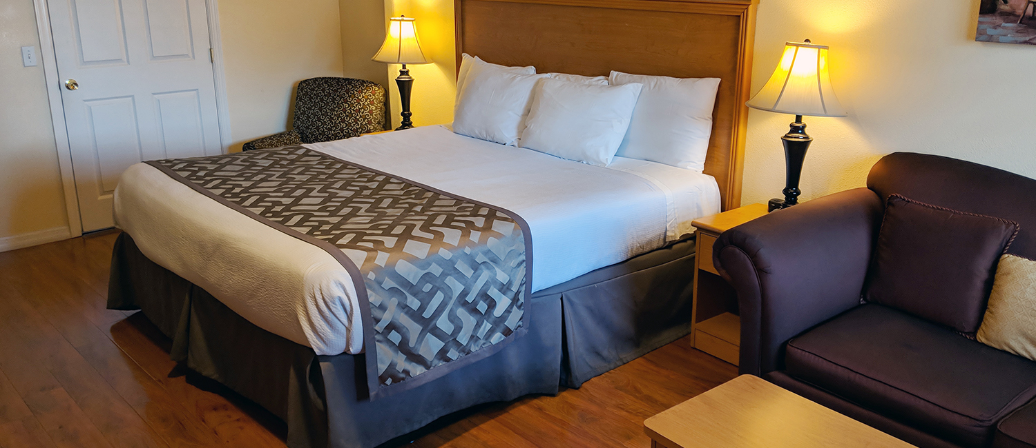 Spacious Guest Rooms For Families or Business Travelers visiting Silicon Valley